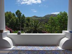 Arredata con gusto con 2 camere, 2 terrazze, vista mare. Casa vacanza numero 6494885. Vedi le foto e la descrizione e prenota online in totale sicurezza.