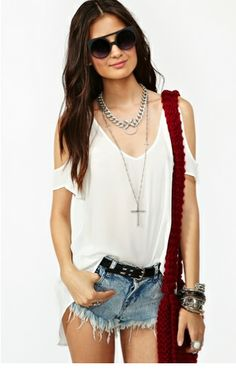 love these cut out shoulder shirts.