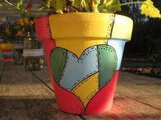 Painted Clay Pots, Painted Flower Pots, Hand Painted, Flower Pot Crafts, Clay Pot Crafts, Clay Activity, Pots D'argile, Decorated Flower Pots, Terracotta Flower Pots