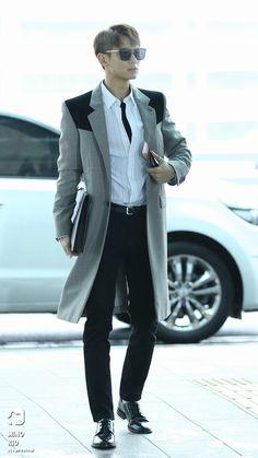 [🛩] 180405 incheon airport to dubai Onew Jonghyun, Lee Taemin, Kpop Outfits, Edgy Outfits, Shinee Members Profile, Shinee Debut, Lee Min Ho Photos, Choi Min Ho, Kim Kibum