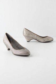 Retro Shine Pumps
