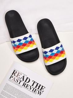To find out about the Men Geometric Print Wide Fit Sliders at SHEIN, part of our latest Men Flip Flops & Slides ready to shop online today! Flip Flop Sandals, Strap Sandals, Ivory Sandals, Rubber Sandals, Walker Shoes, Mens Flip Flops, Sliders, Shopping Bag, Men's Shoes