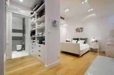 Loft-Wohnung heller Eichenholzboden Schlafzimmer