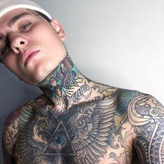 Hot Guys Tattoos, Neck Tattoo For Guys, Face Tattoos, Boy Tattoos, Body Art Tattoos, Sleeve Tattoos, Tattoo Boy, Chest Tattoo, Arm Tattoo