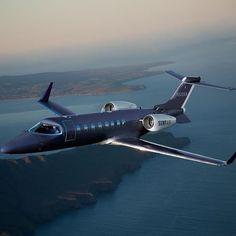 Luxury Private Jet by Surf Air Telegraph Luxus-Privatjet von Surf Air Telegraph Jets Privés De Luxe, Luxury Jets, Luxury Private Jets, Private Plane, Luxury Yachts, Avion Jet, Dassault Falcon 7x, Personal Jet, Jet Privé