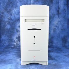 Collector website consisting of Apple computers and peripherals, vintage game consoles, and actions figures. Vintage Games, Filing Cabinet, Apple, Apple Fruit, Apples, Vanity Cabinet