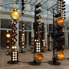 Stage Lighting Design, Lighting Concepts, Retro Lighting, Event Lighting, Concert Stage Design, Church Stage Design, Bureau Betak, Bühnen Design, Concert Lights