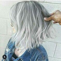 Biraz cesaret �� ↘sarı saçlar profosyonel dokunuslarla olur ��↙ ⬇⬇⬇⬇ @erdinceceofficial  #ombre#balyaj#hairbotox#haircut#hairclor#kumral#maltepepark #beşiktaş#taksim#kadikoy#bostanci#maltepesahil#kartal#pendik#fallow#fallow4like#fallow4fallow#fallowme#fallowers#like4like#like#likeforlike#loriel#gelinbasi#duvak#düğün#dugun# http://turkrazzi.com/ipost/1516101257033704957/?code=BUKRg-FBGX9