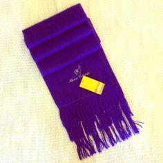 """PURPLE Alpaca Winter Scarf No matter what light I used or where I put this scarf, it photographed blue. It's PURPLE! In great condition and measures 68"""" without the fringe. Alpaca Accessories Scarves & Wraps"""