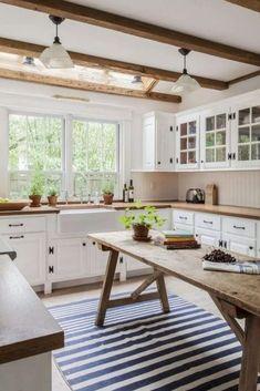 12 top rustic farmhouse kitchen design ideas + style inspiration for farmhouse kitchen cabinets, sinks, kitchen islands, flooring #rusticdecor #rustickitchen #rustichome