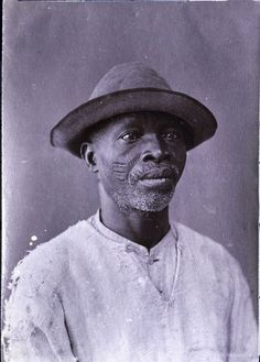 A free Yoruba-Nigerian man who was a resident of Bahia, Brazil late Notice the ritual scars on his cheeks, Scars like those were noted on runaway slave posters to assist on identifying runaway slaves. In the south states of North. Cuba History, History Facts, History Of Nigeria, Johann Moritz Rugendas, Yoruba People, African Diaspora, African American History, West Africa, Old Photos
