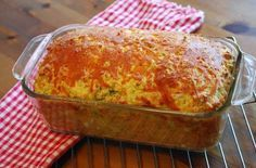A better zucchini cheese bread recipe. I used a more similar recipe to the spinach muffins , much better than the other recipe! Casserole Recipes, Loaf Recipes, Snack Recipes, Cooking Recipes, Cake Recipes, Greek Cooking, Cooking Time, Garam Masala, Cetogenic Diet