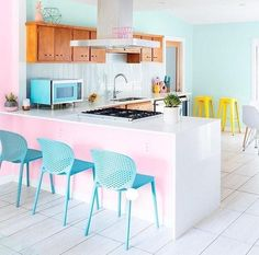 Home Interior Loft Pink kitchen.Home Interior Loft Pink kitchen Yellow Dining Chairs, Living Room Chairs, Black Chairs, Dining Room, Metal Chairs, Accent Chairs, Dining Area, Layout Design, Home Furniture