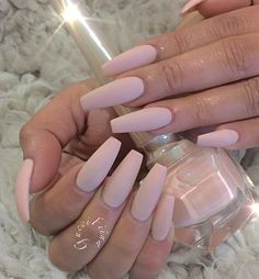 Try out this beautiful pale beige matte nail polish. Simplicity is beauty.