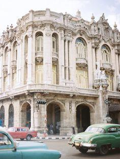 Intricate Architecture of Havana Cuba | photography by http://www.erichmcveyblog.com/