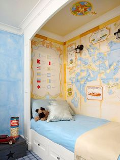 Worlds of Inspiration! How adorable is this bed alcove surrounded by a map mural? So cute!