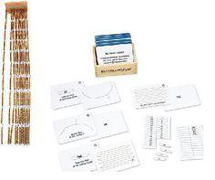 Hunderterkette und Tausenderkette nach Maria Montessori mit passender Arbeitskartei. Die Arbeitskartei ist incl. bedruckter Pfeile, natürlich haben wir auch an Blanko-Pfeile gedacht.