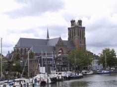 17   de Grote Kerk gezien vanaf de Lange IJzerenburg 2007