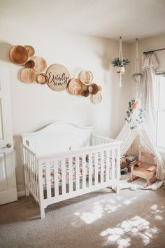 I ve always been excited for the day I got to decorate my own baby s nursery Boho Nursery Girl Nursery Inspo Baby Room Boy, Baby Bedroom, Baby Girls, Baby Rooms, Baby Nursery Ideas For Girl, Simple Baby Nursery, Girl Nursery Colors, Baby Girl Room Decor, Bedroom Decor