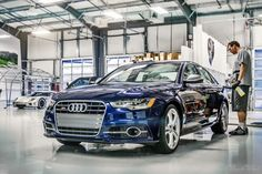 We're pretty big fans of the new Audi S6 in Estoril Blue, especially when one stops in for a quick detail, vac+wipe, and leather conditioning!