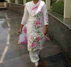 Saree Painting, Dress Painting, Silk Painting, Latest Salwar Kameez Designs, Kurta Designs, Blouse Designs, Fabric Colour Painting, Fabric Drawing, Fabric Paint Designs