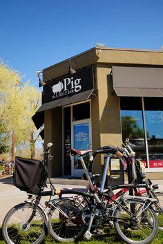 Pig & a Jelly Jar is a bike friendly brunch place in Salt Lake City.