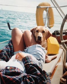 Végre péntek!  #friday #morning #weekend #boat #spring #dog #chill #may #elle #ellehungary  via ELLE HUNGARY MAGAZINE OFFICIAL INSTAGRAM - Fashion Campaigns  Haute Couture  Advertising  Editorial Photography  Magazine Cover Designs  Supermodels  Runway Models