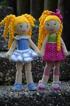 Ellen and Chiara by Lenekie, via Flickr (Crochet Lily Dolls) Lots of free doll patterns here: http://www.crochetpatterncentral.com/directory/dolls_crocheted.php