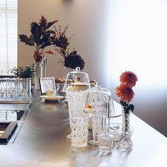 Oh du wunderbarer Tag...  Viel Sonnenschein ein toller Ausflug nach Köln wunderschönste Traumküchen ein herbstlich-detailverliebtes Herbstambiente schönste Blumen und herrlich entspannte & inspirierende Gespräche... . Ein großes Dankeschön an euch @solebich und @bulthaupblaserundhoefer...  . #solebichherbsttee #bulthaup #teatime #cakeoclock #allyouneedissweet #flowers #flowermagic #flowerpower #flowerslovers #flowerstagram #instaflowers #flowersofinstagram #flowersmakemehappy #flowerstyling…