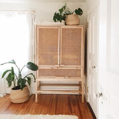 Beat someone to the cabinet of my dreams by 30 minutes this week. Sorry to the girl who drove all the way from Philly to snag it at a crazy price . Our linens will no longer be stored under our bed!