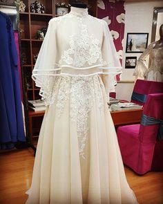 ✔ Dress Designs In Pakistan Beautiful Muslimah Wedding Dress, Muslim Wedding Dresses, Muslim Dress, White Wedding Dresses, Wedding Party Dresses, Prom Dresses, Beautiful Dress Designs, Most Beautiful Dresses, Dress Drawing