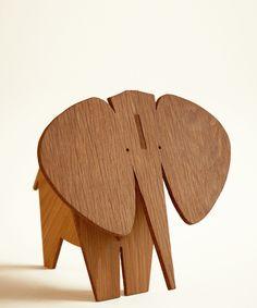 Moderne Safari Elephant