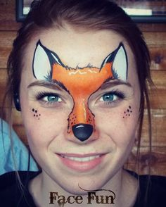 Simple face painting designs are not hard. Many people think that in order to have a great face painting creation, they have to use complex designs, rather then simple face painting designs. Adult Face Painting, Painting For Kids, Body Painting, Face Painting Halloween Kids, Halloween Face, Halloween Costumes, Fox Face Paint, Face Paint Makeup, How To Face Paint