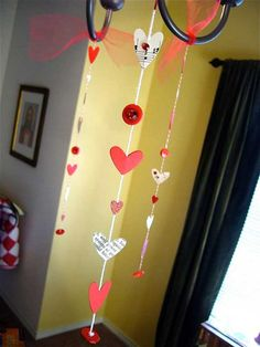 Leading 35 Easy Heart Shaped DIY Crafts For Valentines Day home design trends Valentine Day Crafts, Valentine Decorations, Be My Valentine, Holiday Crafts, Holiday Fun, Valentines Recipes, Holiday Ideas, Crafts For Seniors, Crafts For Kids