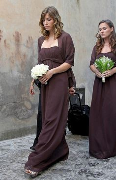 Jessica Biel Bridesmaid Dress - Jessica Biel wore a simple brown empire-waist gown when she stood as a bridesmaid at Beverly Mitchell's wedding.