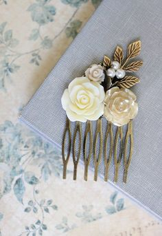 Romantic Floral Bridal Hair Comb Ivory Cream by apocketofposies