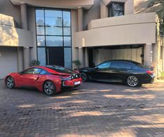 Two VERY different Bavarian beasts. One packs a V12 and the other an inline-three and I never thought I would say this but my choice would be the Protonic Red i8 Photo by @taariq_ebrahim #ExoticSpotSA #Zero2Turbo #SouthAfrica #BMW #M760Li #i8 #ProtonicRed
