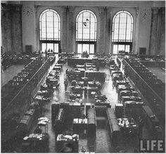 Banco de la República Oriental del Uruguay (BROU) - Casa Central 1941 - Ciudad Vieja