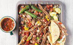 En el menú del día incluye este rico alambre de res acompañado con unas ricas quesadillas. ! Receta cocinavital.mx