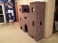 DIY-super-mario-castle-for-cats cat castle Pet parents love their kitties so much that they built a cat castle for them licz