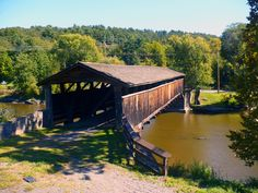 Perrines Covered Bridge over the Wallkill River in Esopus-Rosendale, NY. Second oldest covered bridge in New York State. Hudson River, Hudson Valley, Water Tower, Musketeers, Covered Bridges, Vacation Places, Windmills, Beautiful Buildings, Caves