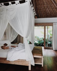 """1,378 Likes, 32 Comments - B o h a n n a h ❁ (@thesimplefolk_) on Instagram: """"Wishing we were waking up here instead this morning 🌴 flashback to snuggles in Ubud and the most…"""""""