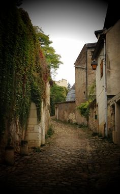 I have always wanted to walk down one of these tiny streets.   I would love to fill it with big pots of flowers and hanging baskets.