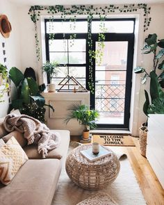 Rain Rain go away - In the meantime you know where to find me ✨ #weekend #uohome #interior #nyc