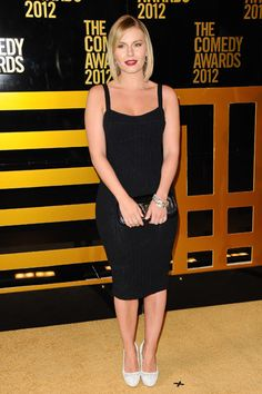 Happy Endings stars Eliza Coupe and Elisha Cuthbert wear LBDs to Comedy Awards