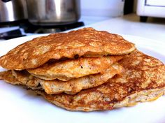 I Love Pancakes! Now....I might be able to eat them again....YAY! Low Carb, Low Fat, High Protein Pancake Recipe w/ no flour!