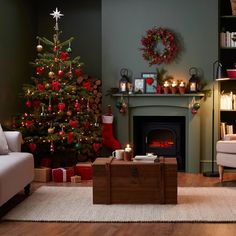 B&Q Nordman Fir real tree lifestyle |Ideal Home