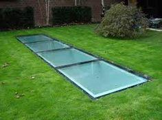 Afbeeldingsresultaat voor beloopbaar glas buiten