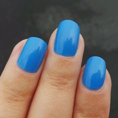 Zoya Dory - the perfect Summer blue!!