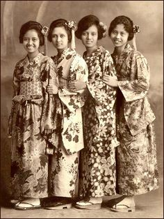 """JAPANESE FASHION in THE PHILIPPINES --  Filipina Having Fun in Kimono (9) by Okinawa Soba, via Flickr.  The girls of the Philippines were no different than girls anywhere. Here's a """"baker's dozen"""" of some old 1920s shots of sweet Filipina who went off to the photo studios of Manila and Baguio to have fun with their friends """"dressing up"""" in Japanese Kimono."""